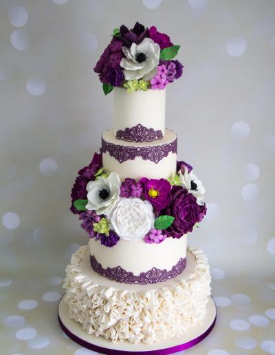 Bronze award winning wedding cake