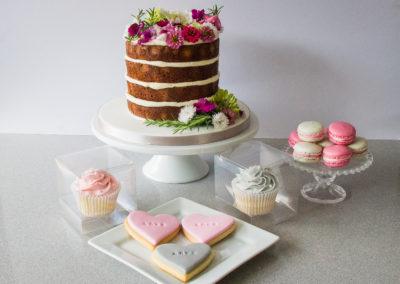 Roxy wedding cake and desserts