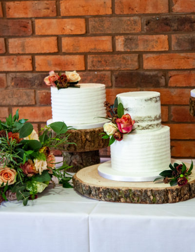 Sara buttercream wedding cake